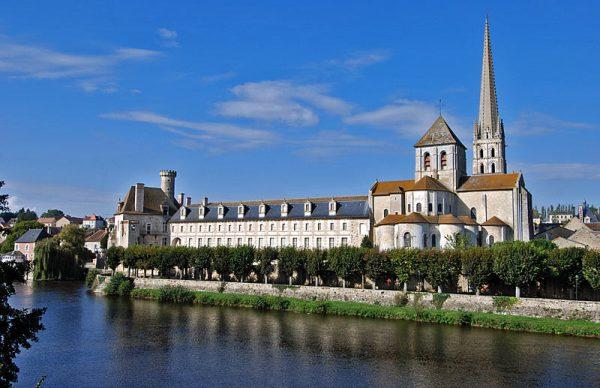Сен-Савен-сюр-Гартамп