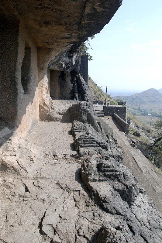 Пещеры Джуннара