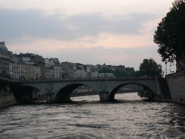 прогулка на кораблике по Сене
