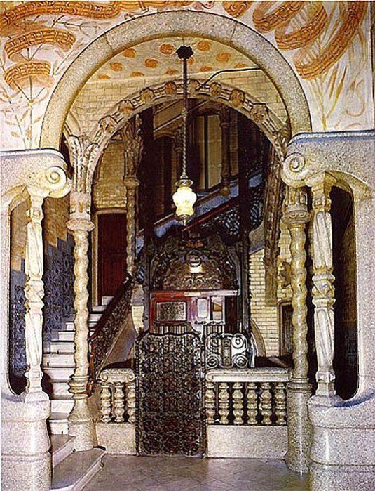 Дом Кальвет