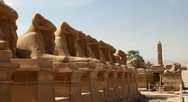 Карнакский храм в Луксоре